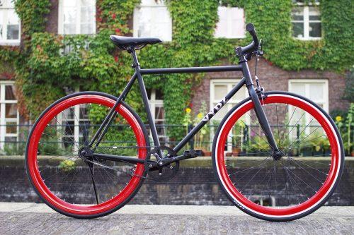 Vydz 'Black Pearl' single speed bike